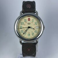 Vintage Swiss Army Cavalry Mens Stainless Steel DateWristwatch Leather Band