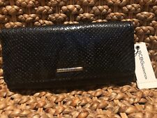 """BCBG """"ADDISON FLAP WALLET"""" ~BLACK~BRAND NEW~GREAT LOOKING!"""