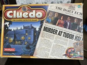 Waddingtons Cluedo The Classic Detective Game 2000