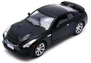 MOTOR MAX 73384R RED 73384K BLACK NISSAN GT-R R35 diecast model cars 2008 1:24th