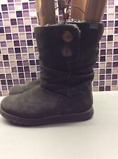 *Sketchers suede boots size 6 Grey