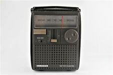 Vintage Lloyd's 1970's Model No. NN-1242 Series 265A AM Portable AC/DC Radio