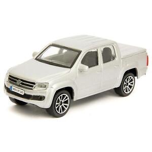 Volkswagen Amarok 2011 silver - Bburago 1:43 Scale Diecast Toy Car
