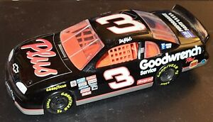 Dale Earnhardt #3 Goodwrench 1997 NASCAR Chevy Monte Carlo 1/24 Diecast Goodyear