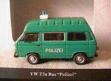 VOLKSWAGEN VW T3A BUS M HOCHDACH POLIZEI NURNBERG PREMIUM CLASSIXXS 11455 1/43