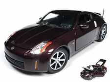 Nissan 350z Coupe' 2003 Burgundy Metallic Burgundy 1:18 Model AW240 AUTO WORLD