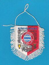 FC Bayern München - original signierter Wimpel