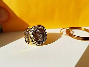 1997-1998 NBA Champion Chicago Bulls 6th Championship Replica Ring & Keychain 🔥