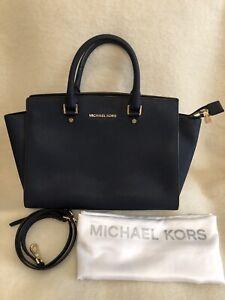 Michael Kors Navy Blue Large Selma Handbag - Immaculate Condition