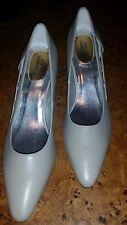 Ros Hommerson 9N toupe pump high heel 1 1/2