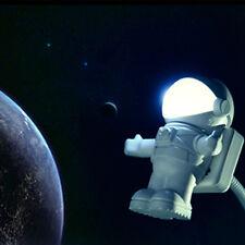 Astronauta Spaceman USB LED Luz de noche Ajustable flotante