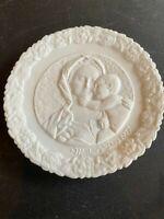 Fenton 1977 Mother's Day Palte White Satin Madonna & Child Plate Vintage
