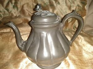 ANTIQUE ART NOUVEAU PEWTER TEAPOT