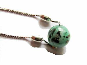 Collar de plata con bola de esmeralda natural con cuarzo y pirita de su matriz