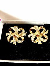 NIB KENNETH LANE AVON LUSTROUS BOW COLLECTION GOLDTONE RHINESTONE CLIP EARRINGS