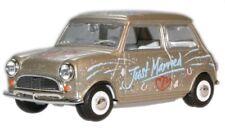 Oxford Diecast MIN016 Just Married Mini Car 1:43 Scale Diecast Model