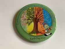 BUTTON - Earth Day 2005 Jiminy Cricket Disney Pin 38330