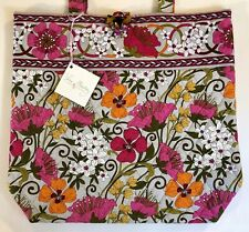 Vera Bradley Tote Bag in Tea Garden