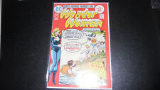 Wonder Woman #216 Dc 1975, high grade book