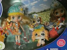 Adorable Pinwheels & Daisies Blythe Littlest Pet Shop #B5 & #1615 Pristine 2010