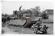 NSU 601 vor russ. Panzer T - 35 bei Winniza Ukraine Ostfront