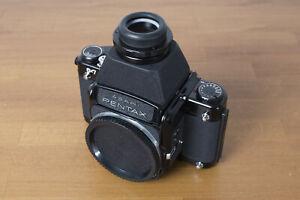Kamera Pentax 6x7 für Mittelformat Rollfilm 120 mit starrem Lichtschachtsucher