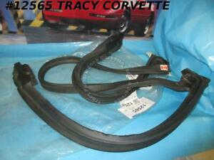 1984-1996 Corvette Weatherstrip 10268887 22112051 Windshield Header Pillar ORIG