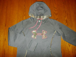 UNDER ARMOUR STORM GRAY HOODED SWEATSHIRT W/CAMO TRIM WOMENS LARGE EXCELLENT