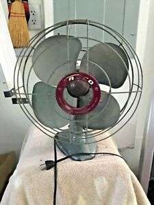 Vintage FASCO Model G127-A,  3-Speed Oscillating Electric Fan, WORKS WELL!