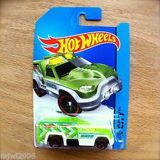 2014 Hot Wheels RESCUE DUTY TREASURE HUNT 47/250 HW CITY diecast Mattel T HWFD