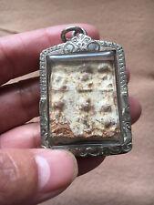 *** Silbernes Amulett mit mehreren ANTIKEN Buddhas aus dem alten Siam ***