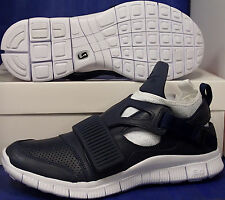 Nike Free Huarache Carnivore SP Obsidian Blue White Black SZ 10 ( 801759-413 )