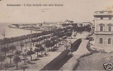 Civitavecchia Il Viale Garibaldi visto dalla Stazione f.p.