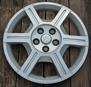 Saturn Relay hubcap 2005 fits 17 inch wheels 6022 01