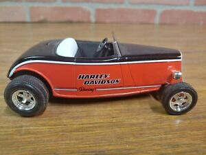 Harley Davidson Racing 1934 Ford Roadster Street Rod Die Cast 1:25 Scale NEW