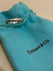 Tiffany Milgrain platinum wedding band size 5 used