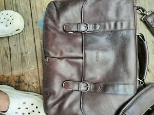 Solo Faux Leather Brown Messenger/Laptop Bag/Briefcase (Very Good CONDITION)