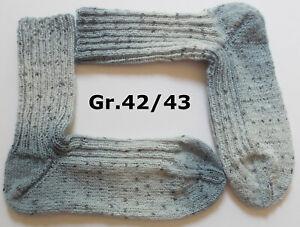 handgestrickte Socken, Gr. 42/43, hellblau mit Sprenkeln, Wollsocken