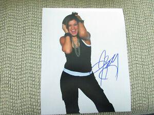 Kelly Clarkson Singer Songwriter 8x10 Photo No COA
