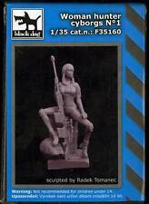 Blackdog Models 1/35 CYBORG WOMAN HUNTER Resin Figure #1