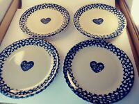 "Folk Craft Heart Dinner Plates Spongware 10.25"" Lot Of 4"
