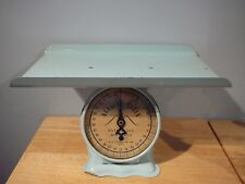 Vintage Nursery Queen Baby Scale 30 lb blue A.R. Lite Mfg Co Montreal Canada