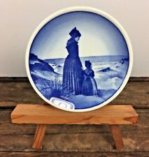 Real Copenhagen Denmark Mini Plate 31-2040 Woman Child Beach