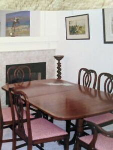 Kittinger Mahogany Dining Room Table With Eight Chairs, Extension Leaf And Bench