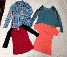 4 Pc Lot Buckle BKE Misses Juniors Tops, 3 size Small, 1 X Small