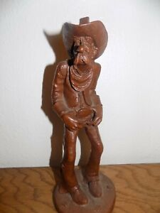 RED MILL R WEATHER BEE JR 1986 OLD MAN COWBOY RESIN FIGURINE