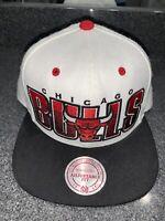 Chicago Bulls NBA Snapback Adjustable Fit Flat Cap Hat Top Mitchell & Ness