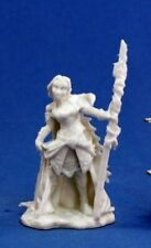 Reaper Miniatures - 77036 - Devona, Female Wizard - Bones DHL