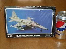 COLD WAR,USA, NORTHROP F-5E TIGER, FIGHTER PLANE, STARFIX MODEL KIT, Scale 1/72