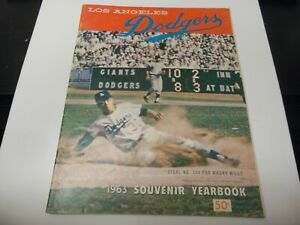 1963 LOS ANGELES DODGERS OFFICIAL YEARBOOK MLB BASEBALL